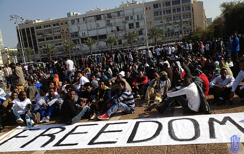 BLACK REFUGEES PROTESTING PEACEFULLY FOR FREEDOM & AGAINST BLACK RACE ARRESTS LAW IN ISRAEL!AFFRONT OF TEL-AVIV CITY-HALL - RABIN SQUARE.JANUARY 5. 2014